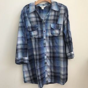 Christopher & Banks Button Up top XL